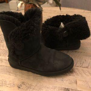 UGG Australia Black Bailey Short Button Boots Sz 6